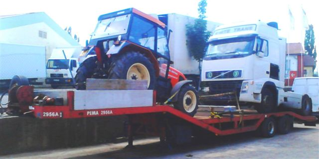 odtah nákladního vozu